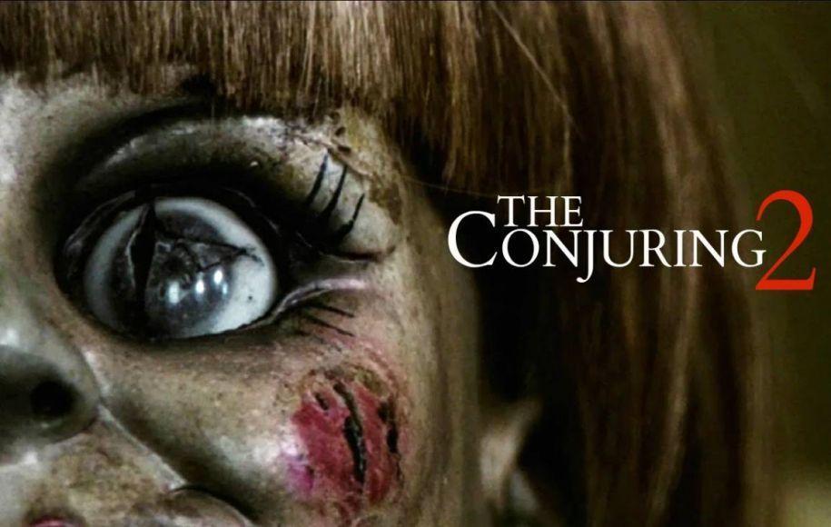 candid camera di The Conjuring 2