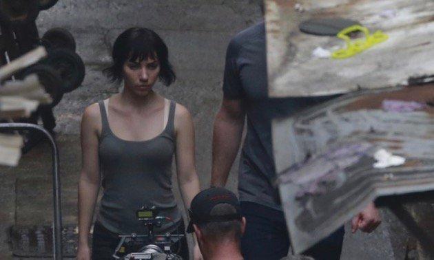 nuovi scatti di Scarlett Johansson e Pilou Asbaek
