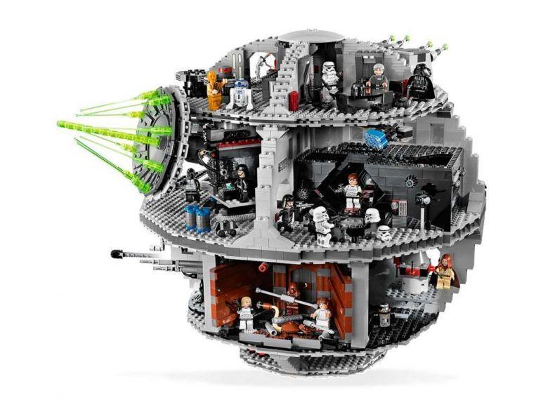 costruzione della Morte Nera Lego