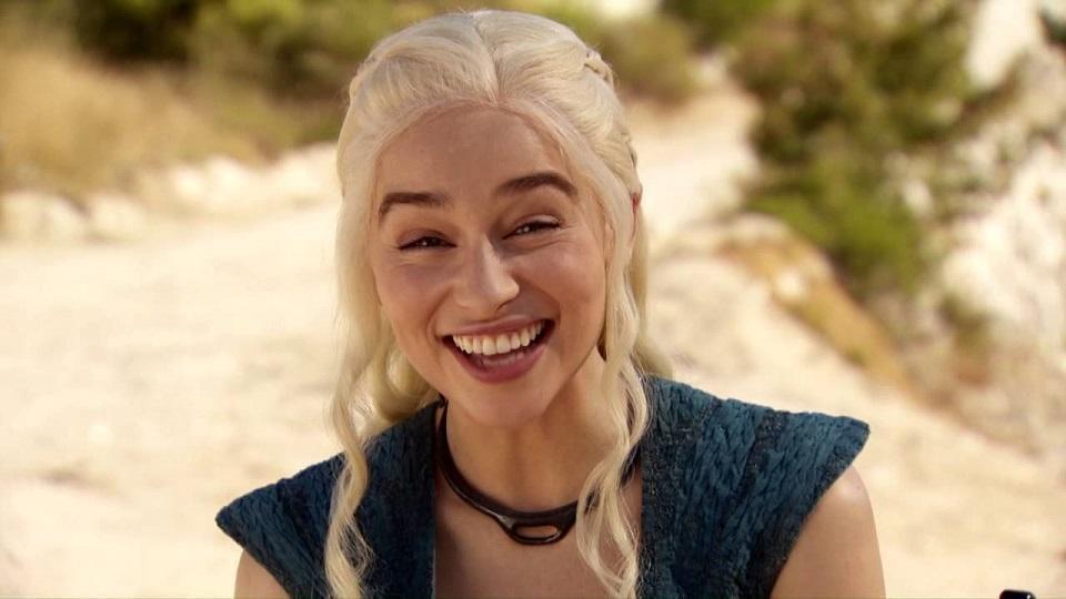 Emilia Clarke annuncia la fine delle riprese