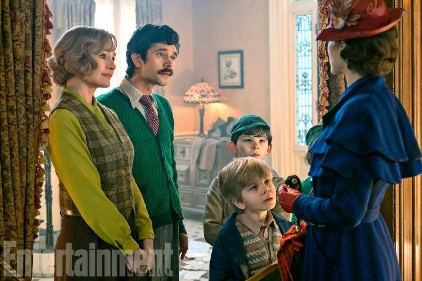 Mary Poppins Returns: Emily Blunt sulla cover di Entertainment Weekly