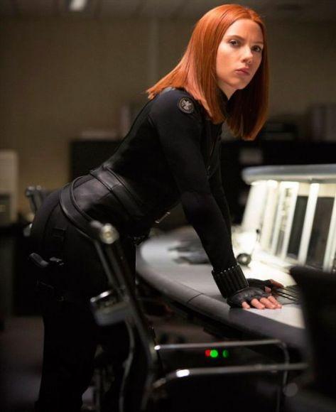 Avengers: Infinity War, la Johansson stuzzica i fan sul numero dei personaggi