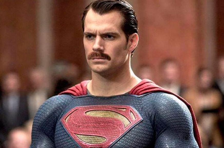 baffi di Superman