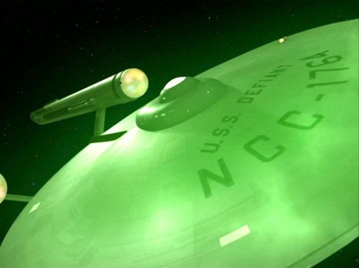 star trek discovery defiant 1