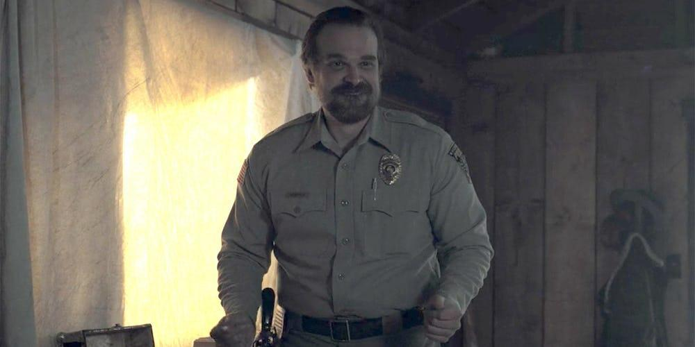 david harbour danza con i pinguini