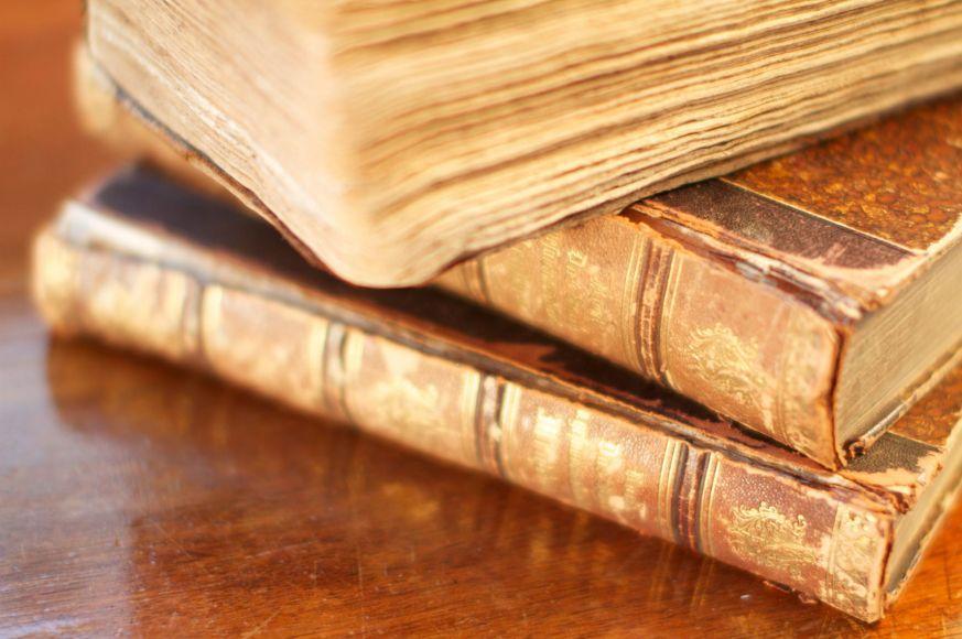 10 libri più rari e costosi al mondo