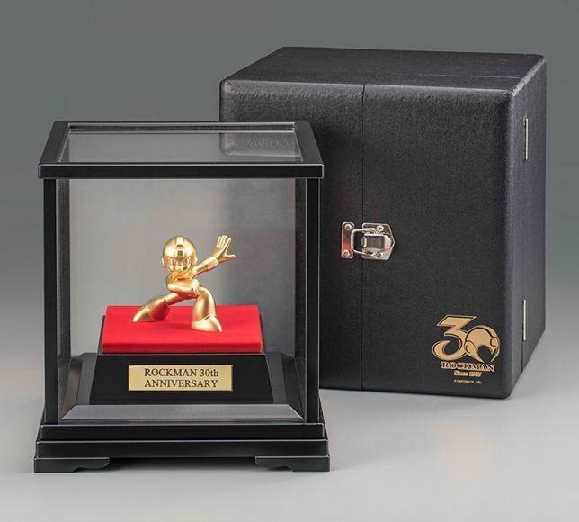 statua d'oro di Mega Man