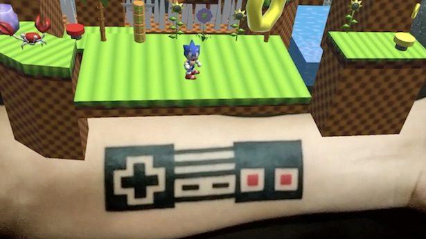 tatuaggio in realtà aumentata sonic the hedgehog