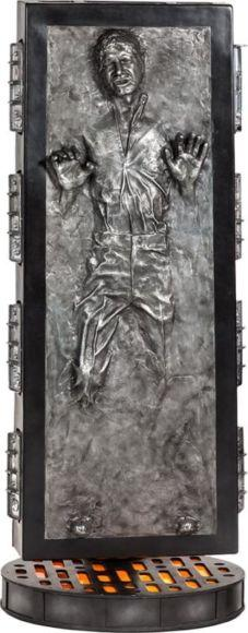 Statua Han Solo nella carbonite ad altezza naturale