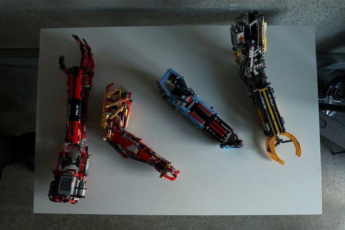 protesi costruite coi lego 1
