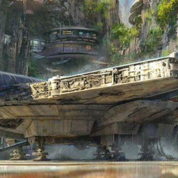 Millennium Falcon Star Wars: Galaxy's Edge