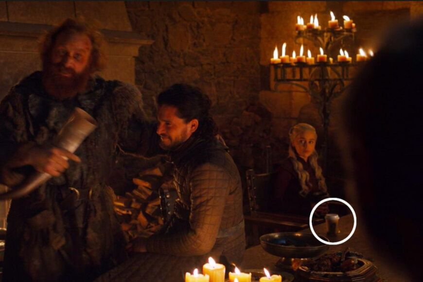 tazza di Starbucks Game of Thrones