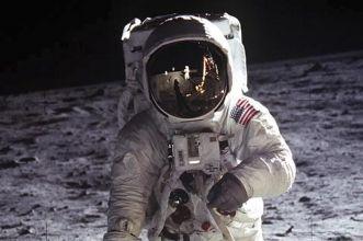 uomo sulla luna apollo 11