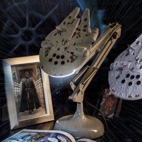 lampada Millennium Falcon