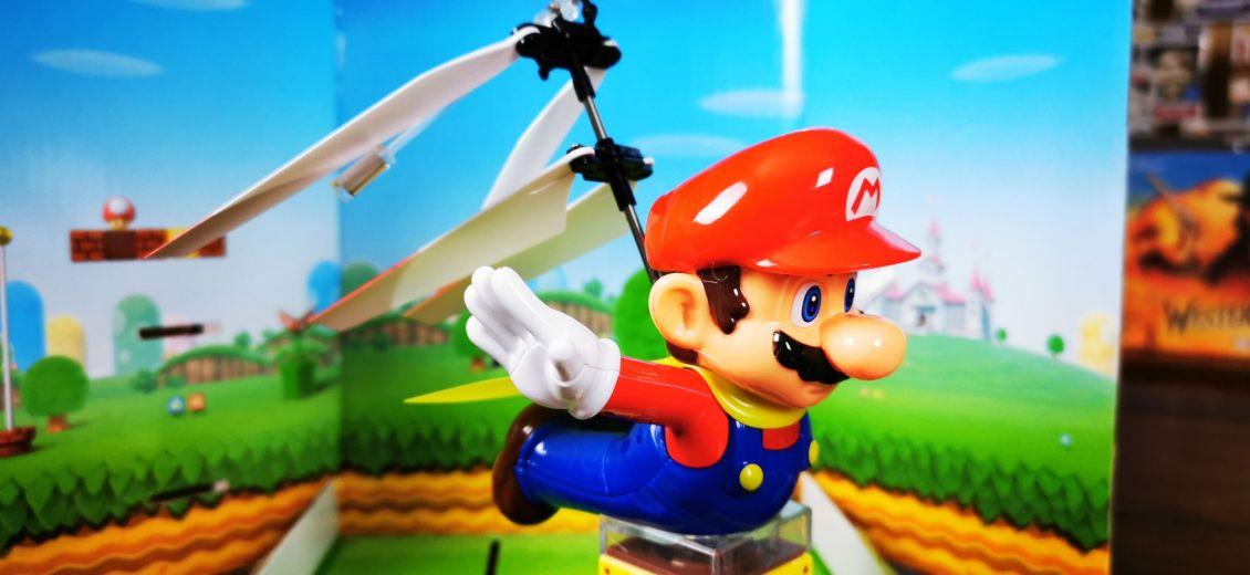 Flying_Cape_Mario_Carrera