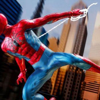 Hot Toys Marvel's Spider-Man