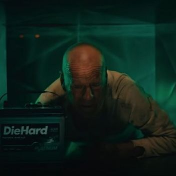 Die hard Spot Bruce Willis