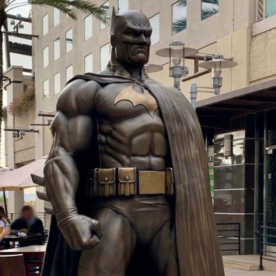 Statua Batman Burbank