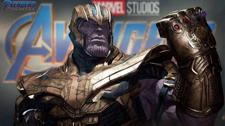 Thanos statua mezzo busto